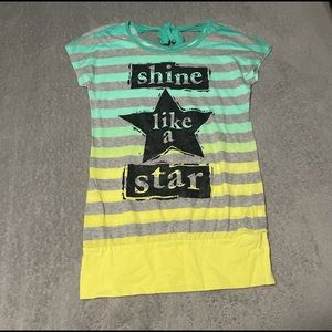 Justice top size 12. Longer fitting, cute with leggings VEUC